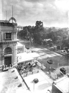 شارع الأزبكية عام 1925