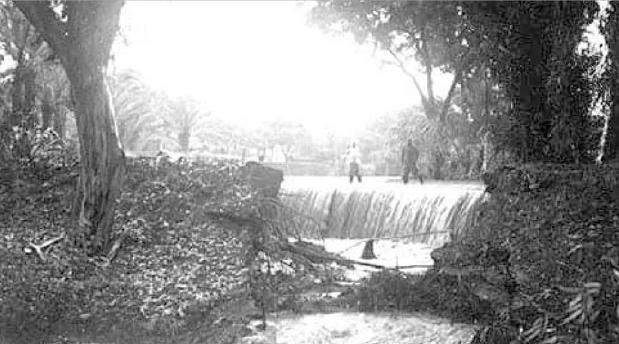 السيول تضرب المعادى عام 1945