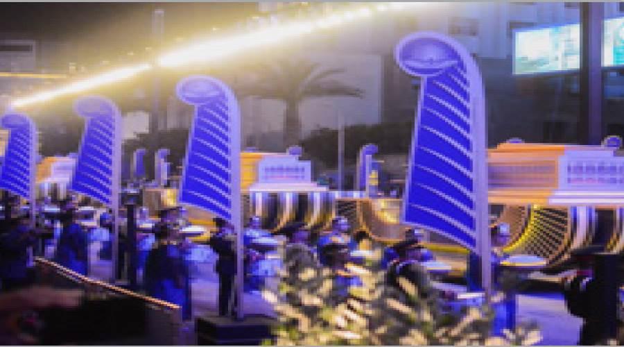العربات الملكية تخرج من متحف التحرير