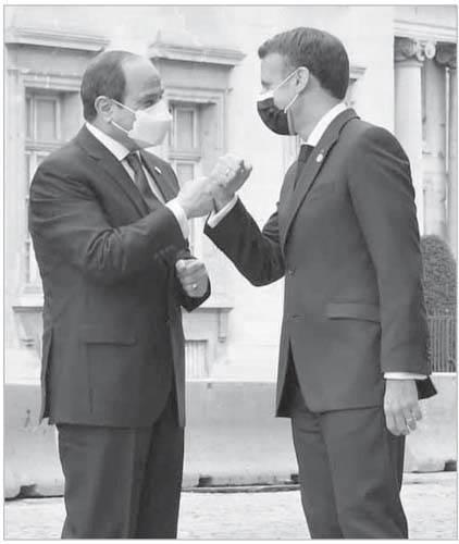ماكرون يحتفى بالرئيس السيسى لدى وصوله الإليزيه