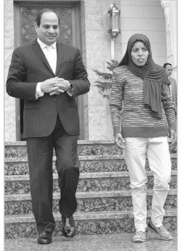 تكريم رئاسى ودعم دائم للمرأة المصرية المكافحة