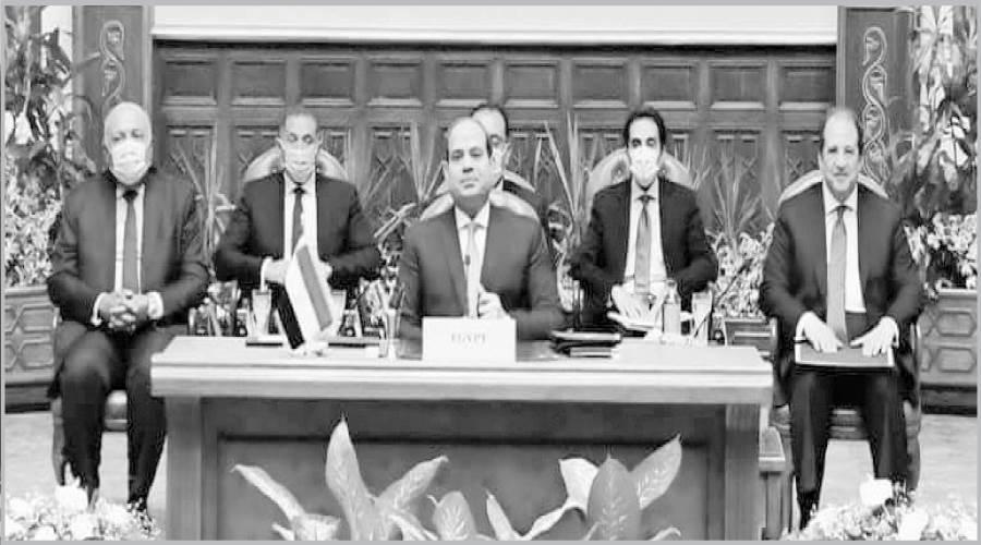 الرئيس السيسى أثناء جلسات القمة الثلاثية